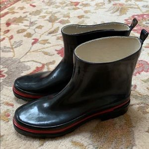 Shoes - Rain boots - Size 10